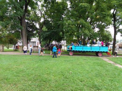 Wagon ride in the Millstone Grove